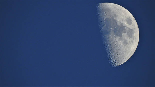 Moon Late Afternoon...12/22/2020