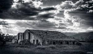 Ruina by Cromosoma123