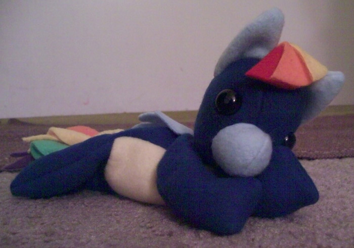 Wonderbolts Rainbow Dash Beanie by Miiroku