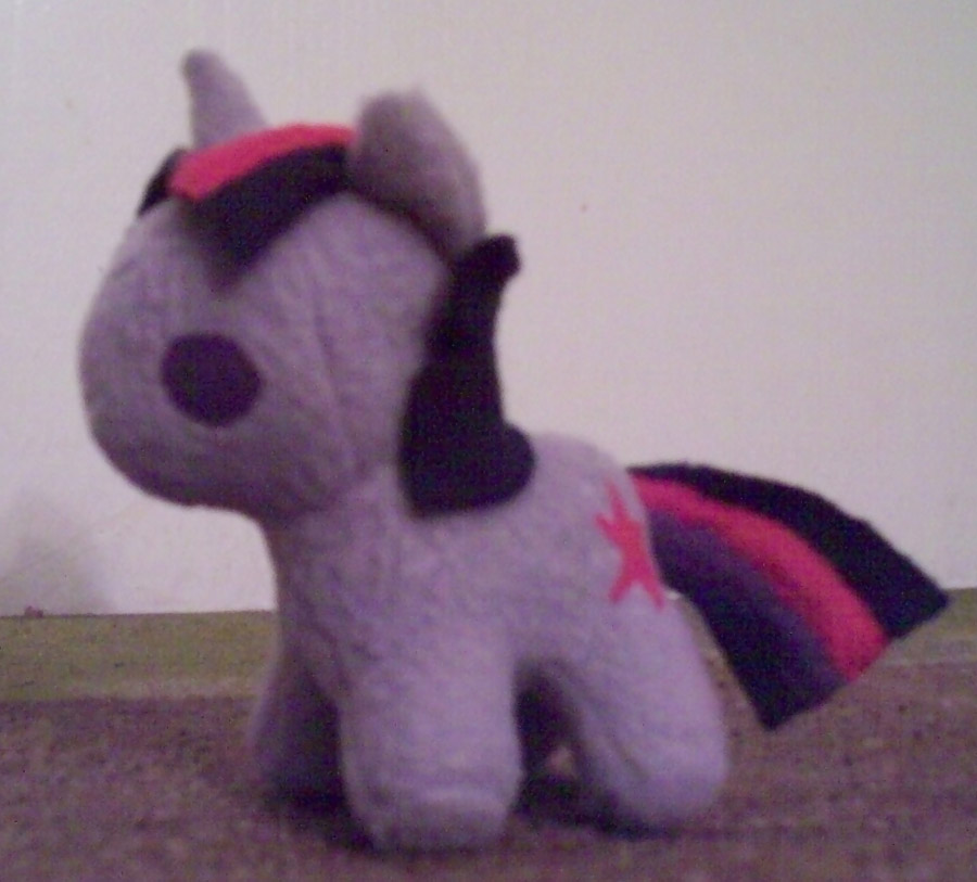 Mini Twilight Sparkle Plush by Miiroku