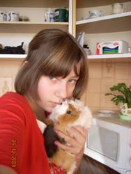 I and guinea pig by NicoRobin96