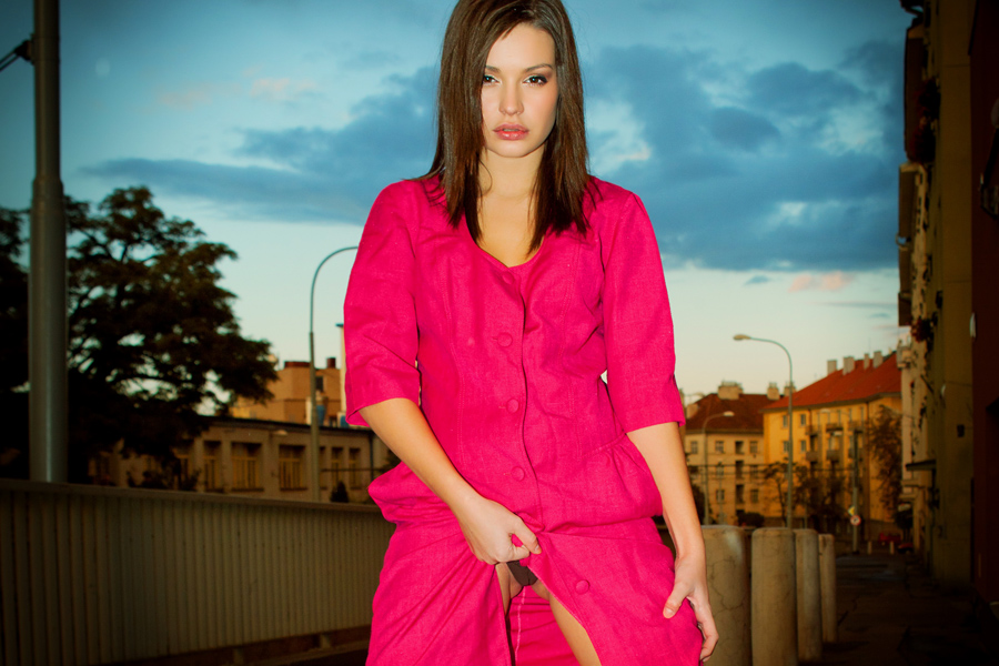 Street Posing with Karoll by zlty-dodo