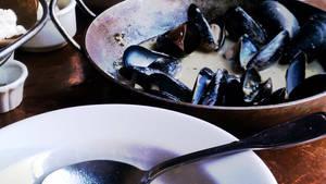 Rustic mussels