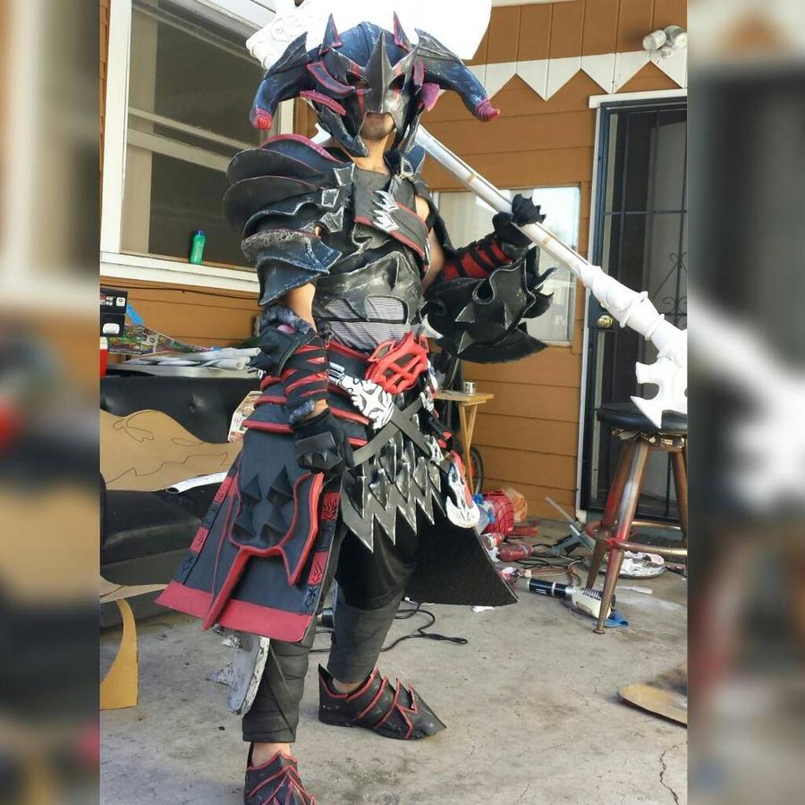 FFXIV warrior by JuicyAndWet on DeviantArt