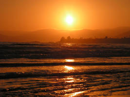 Pismo Sun Set by frogking