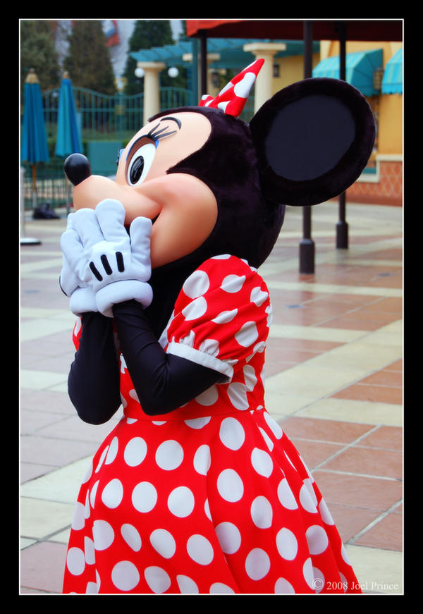 Minnie Mouse. by lomoboy