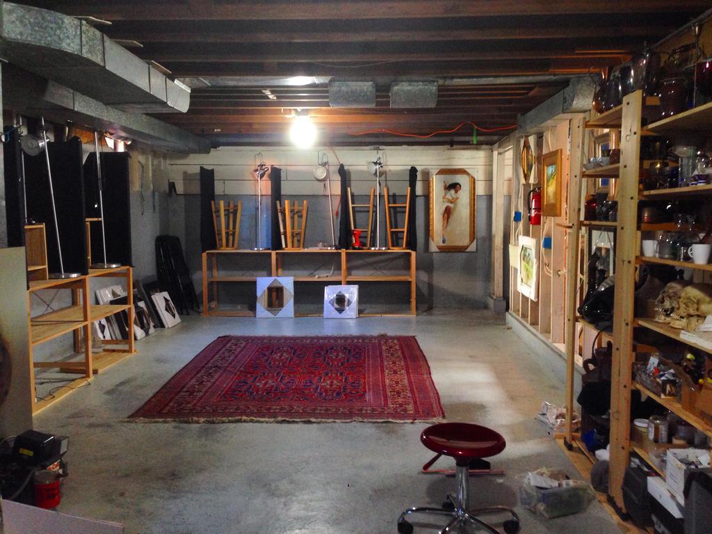 Studio by turningshadow