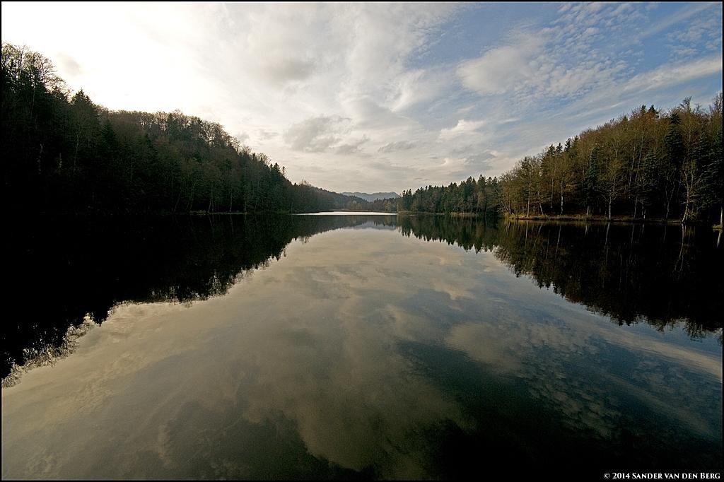 Reflecting Lake by sandervandenberg