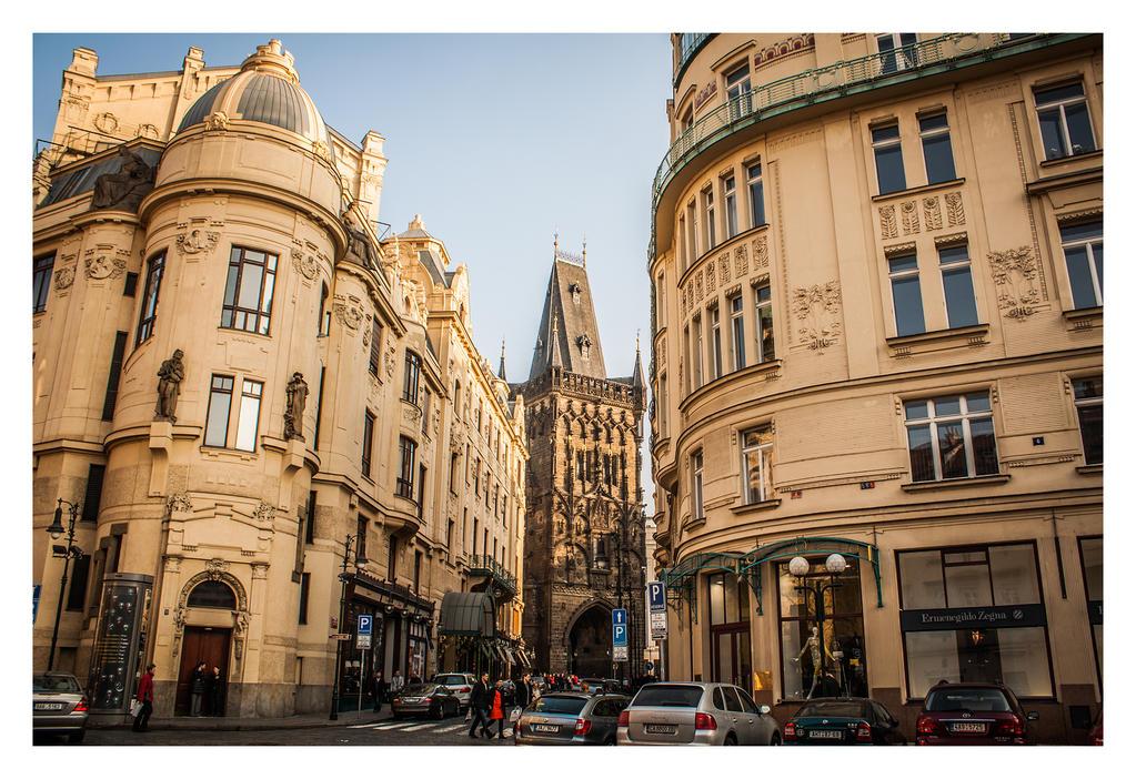 Prague by robee-V