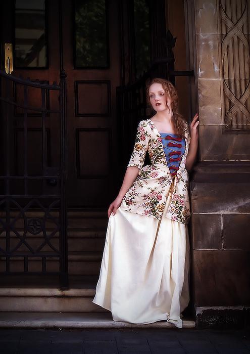 Caraco and petticoat by Emeraldscorpius
