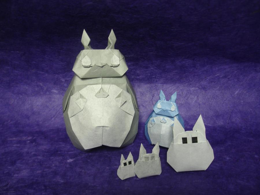 Origami Totoros! by origami-artist-galen