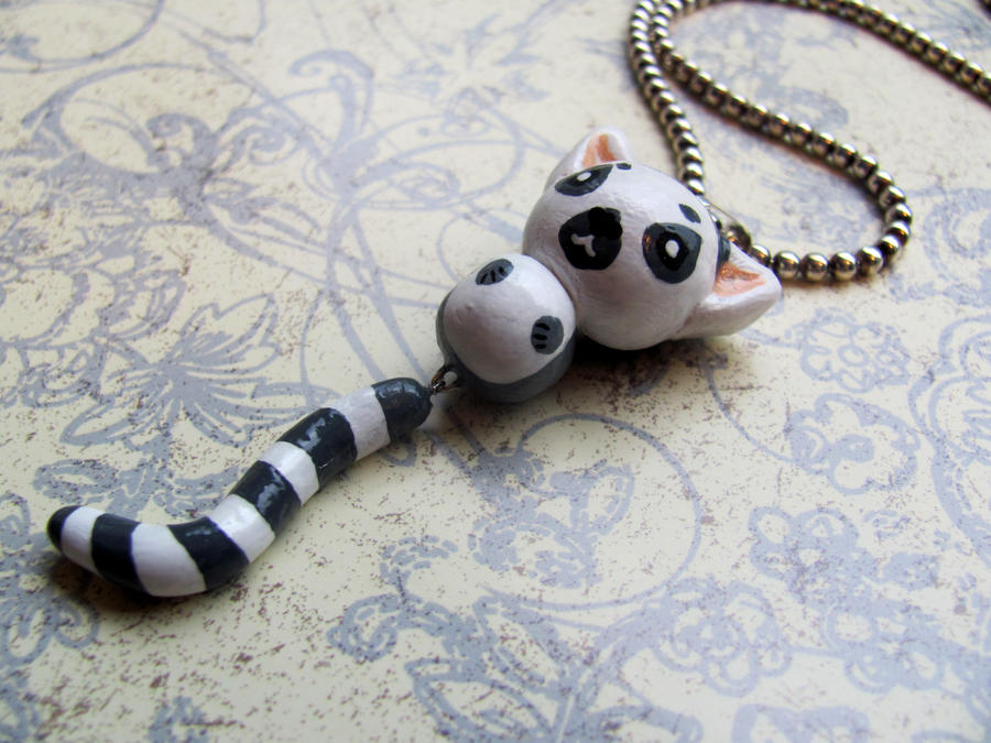 Lemur Necklace by Stripedy