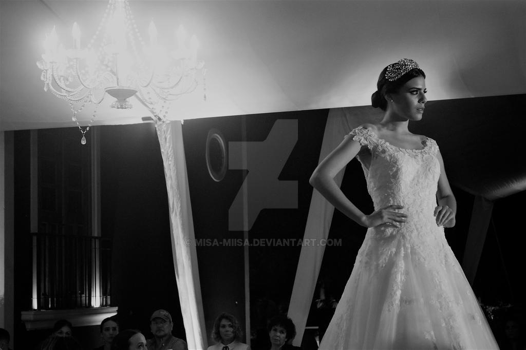 Estoria- Desfile de novias de Alexei Quintal by MiSA-MiiSA