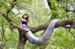Dangerous branch by Vermine-Venom