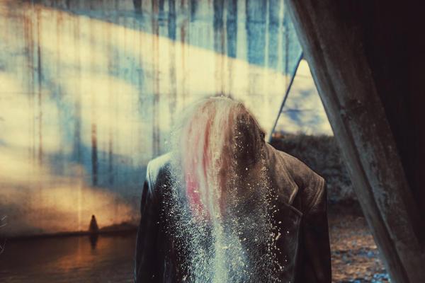 The Dust and the Girl II by VelvetRedBullet