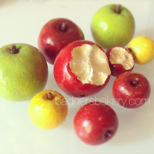 miniature apples by BadgersBakery