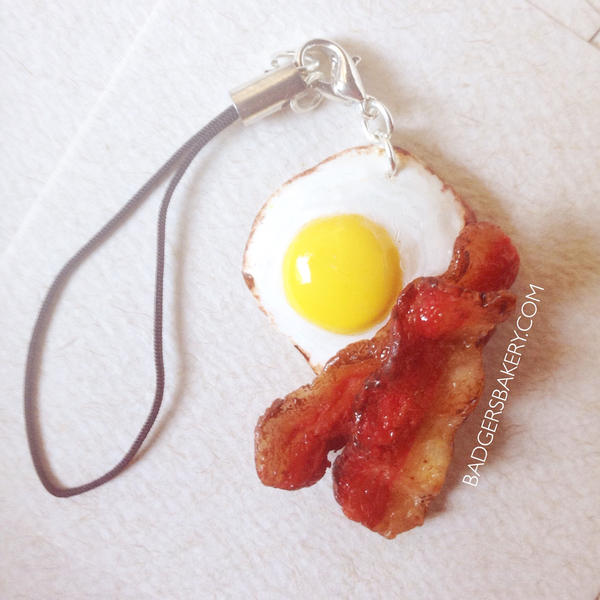 Bacon and Egg Cellphone Charm by BadgersBakery