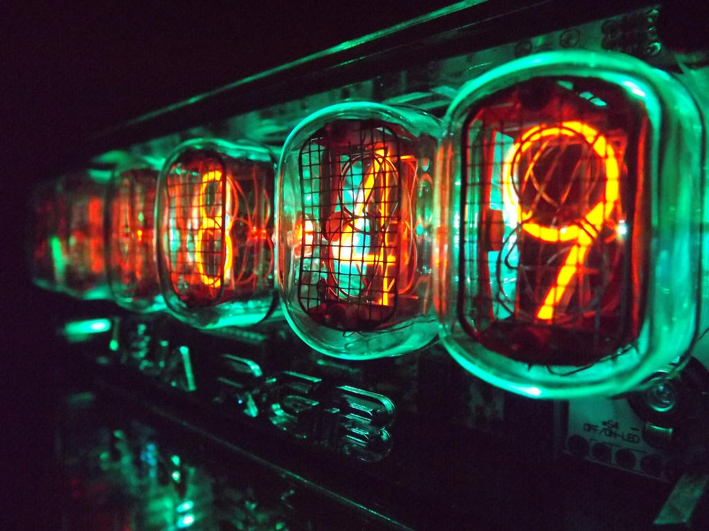 Nixie Clock by MysticMyster