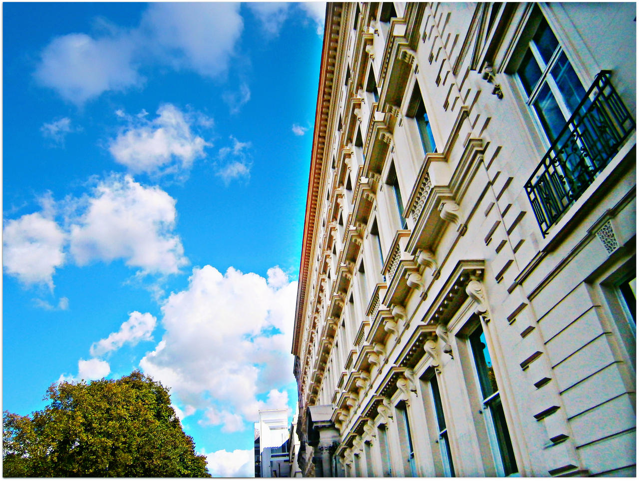 London by GraceDoragon