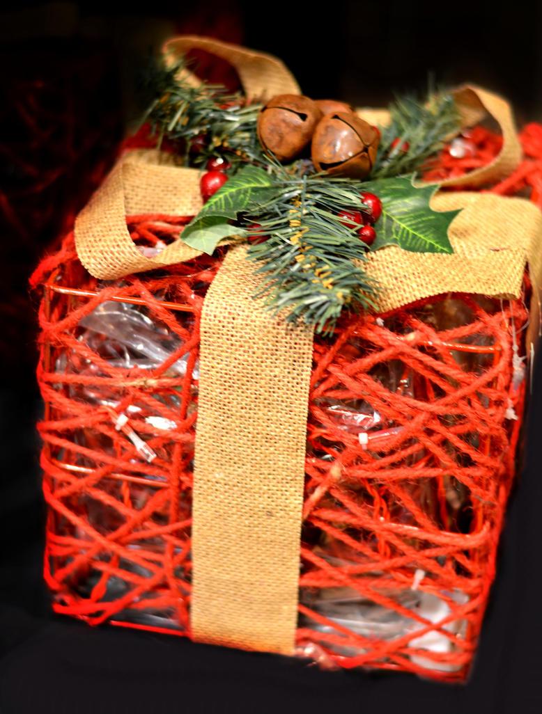 Gift-giving by GraceDoragon