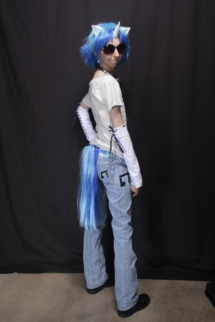 Vinyl Scratch Costume