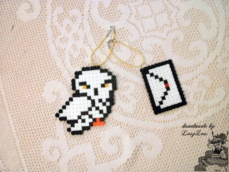 Harry Potter Hedwig and Hogwarts Letter Key Chain