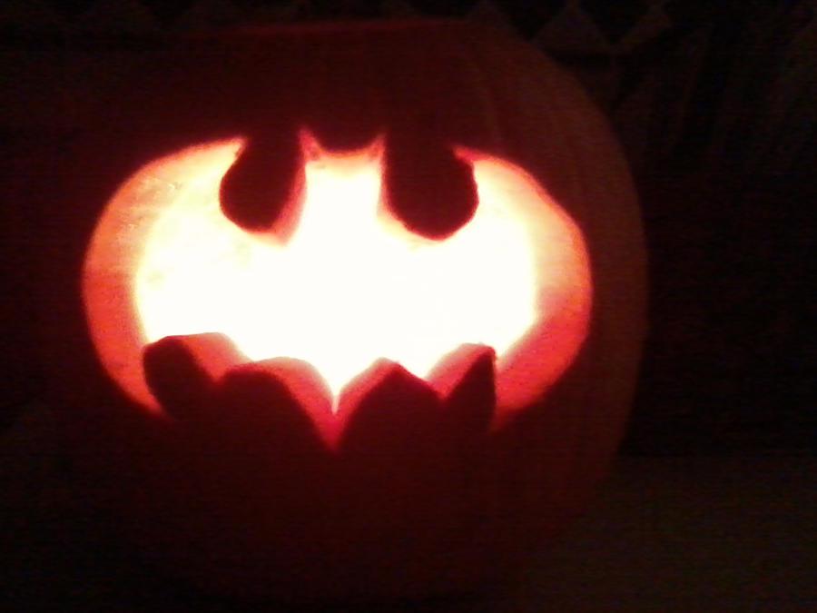Superhero pumpkin side by caleigh on deviantart