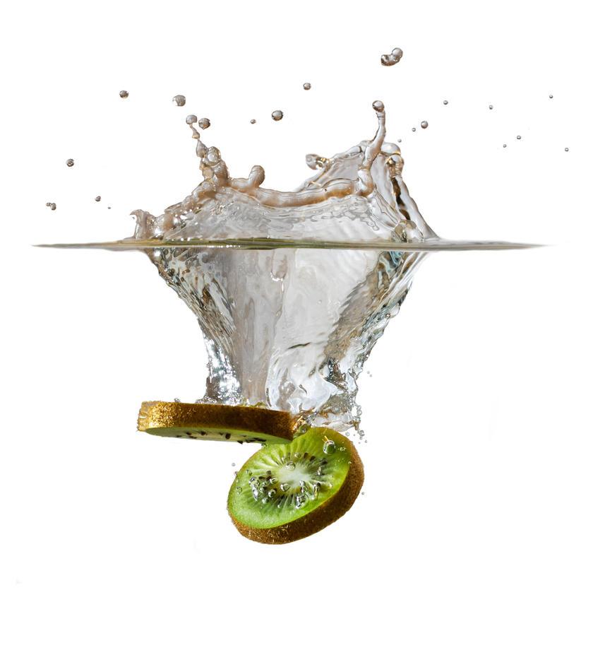Kiwi splash by TomazKlemensak