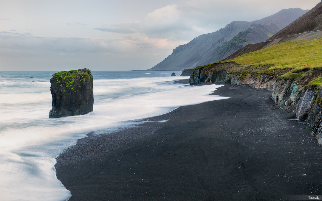 Iceland East coast by TomazKlemensak
