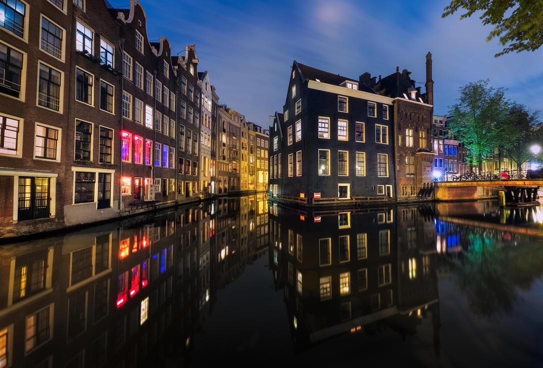 Dutch Venice by TomazKlemensak