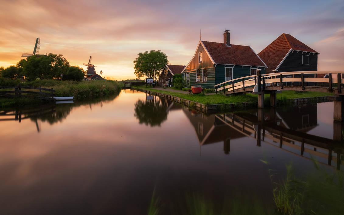 Zaanse Schans Sunset by TomazKlemensak