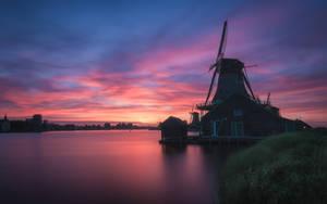 Evening Glow by TomazKlemensak