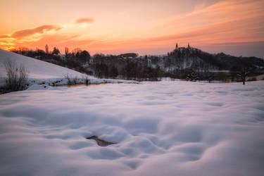 Winter Sunrise by TomazKlemensak