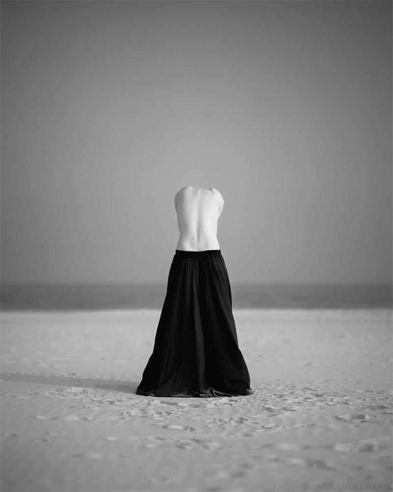 ...I... by RonnyEngelmann