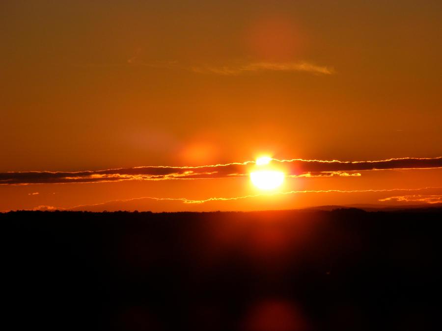 Orange Sky by xALPHAxWOLFx