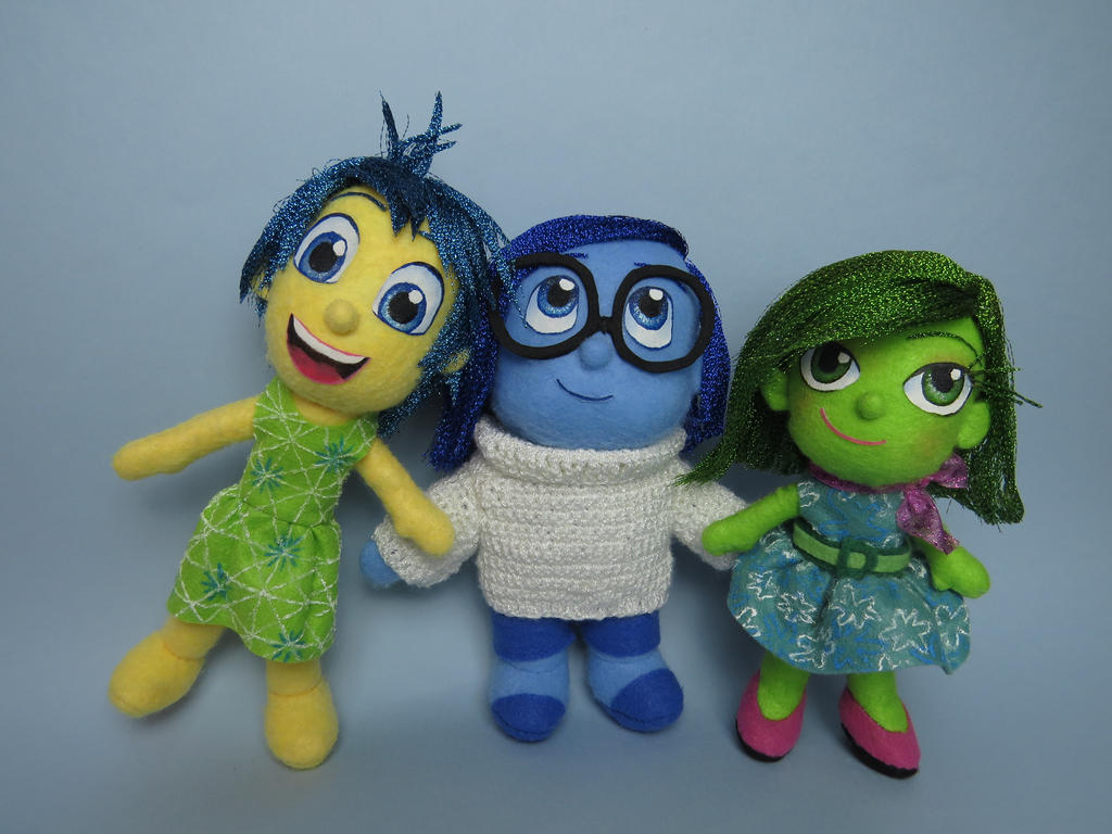 Inside Out Sadness Amigurumi : Joy, Sadness and Disgust (Inside Out) plushies by tstelles ...
