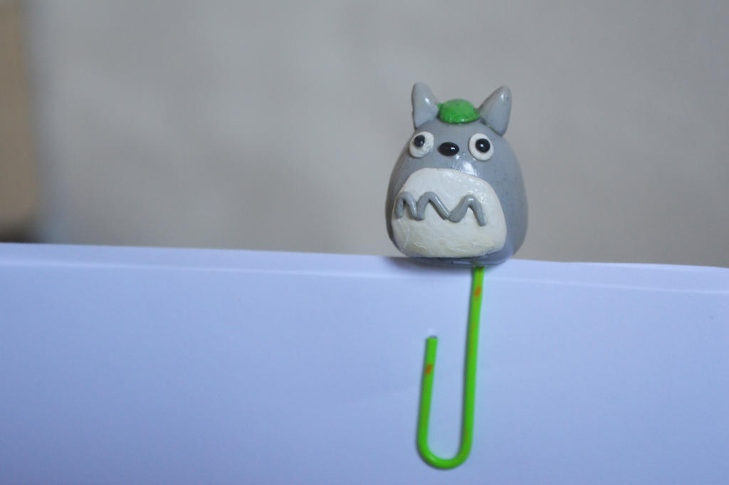 Totoro Polymer Clay Paperclip by xLifeIsArt