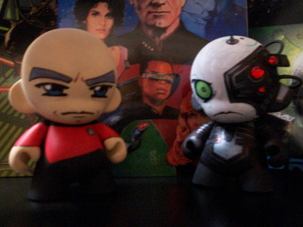 Munny Captain Picard vs Borg by KidNotorious