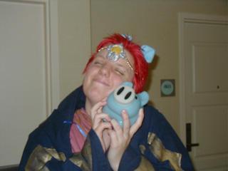 He loveh teh Piggeh by blue-dog