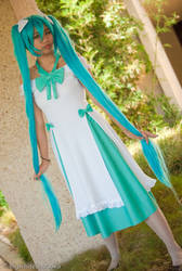 Vocaloid: Follow me by Houkiboshi0791