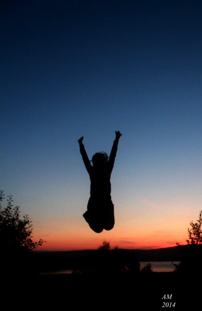 Sunset - jump by W-miSANAgi