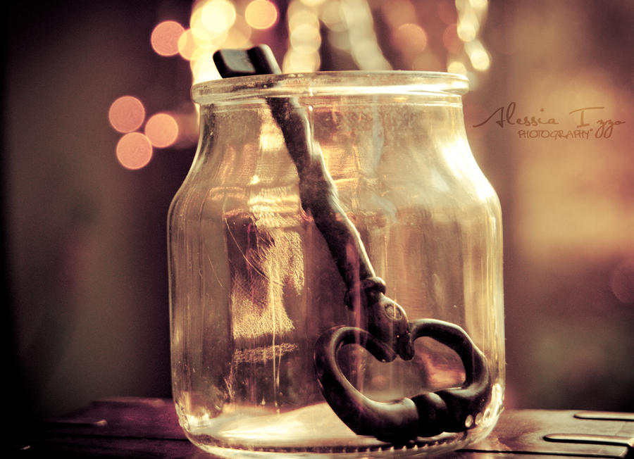 My secret key by Alessia-Izzo