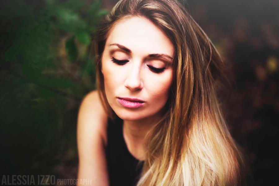 Elisa II by Alessia-Izzo