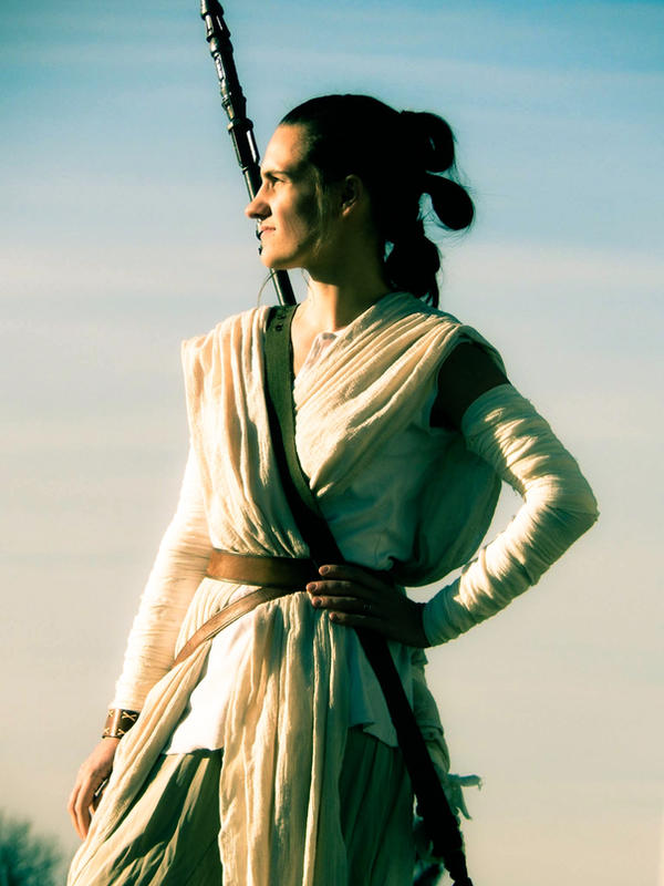 Rey Cosplay by CatchingKeys