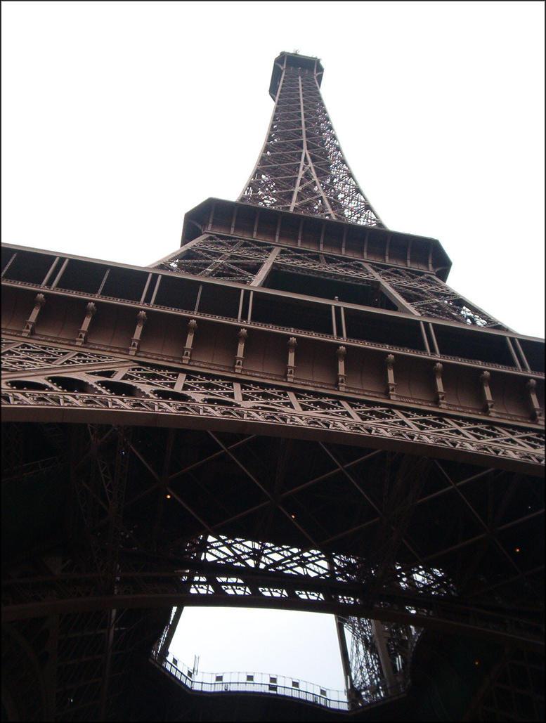 Eiffel Tower Vertigo by Absolute-Sero