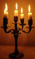 Candlestick's Golden Light -RO