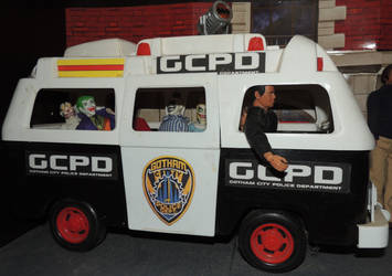Gotham City Police Van with Joker and his Clowns by monitor-earthprime