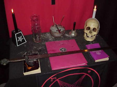 I WANT TO JOIN OCCULT TO MAKE MONEY AND TO BE RICH by benardsmith on