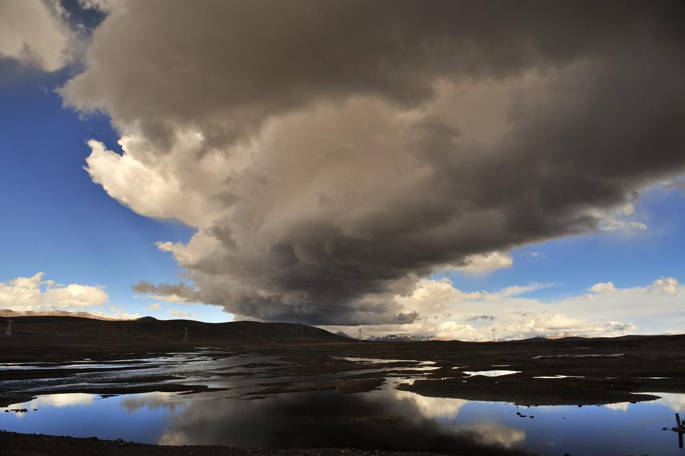 n DSC2426w Clouds by laogephoto