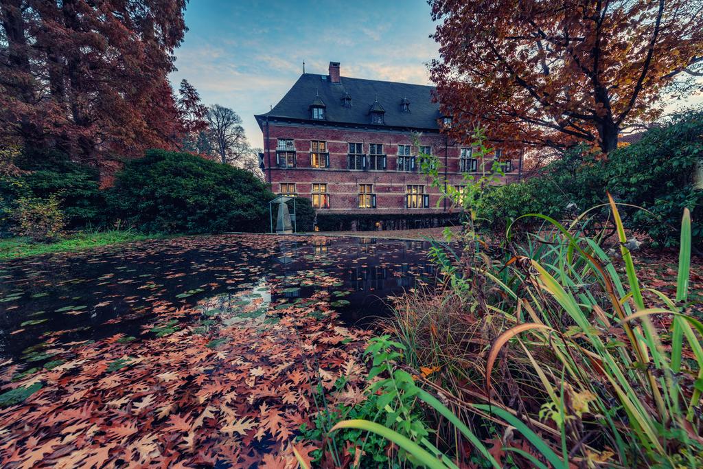 Schloss Reinbek 01 by abuethe